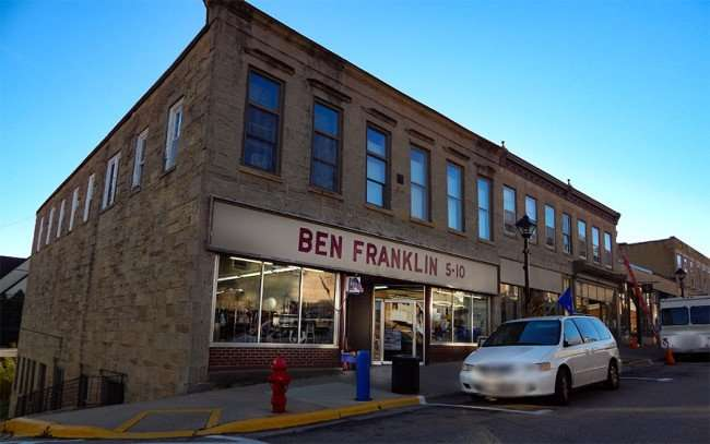 OCT 8, 2015 - Ben Franklin five and dime on High Street in Mineral Point/photonews247.com