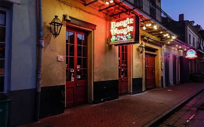 SEPT 14, 2015 - Boogie Woogie Souvenir and Gift Shop 611 Bourbon Street/photonews247.com
