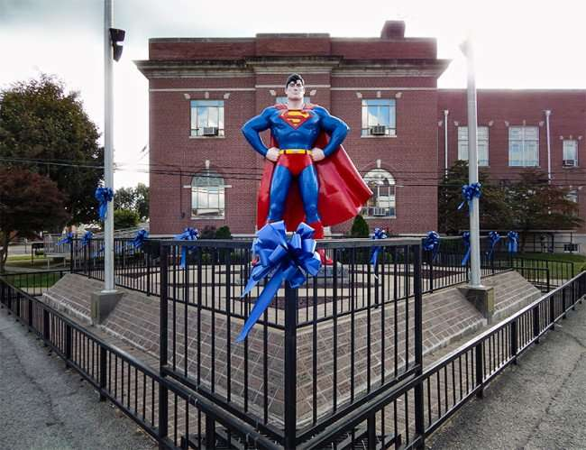 OCT 6, 2015 - Giant Superman statue in Metropolis, Illinois/photonews247.com