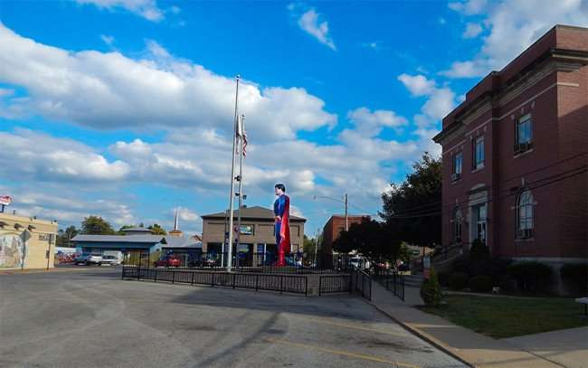 OCT 6, 2015 - Giant Superman statue on pedestal on main street in Metropolis, Illinois/photonews247.com