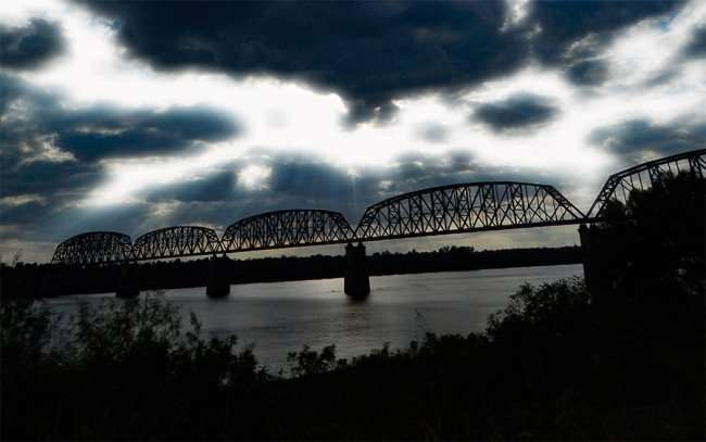 OCT 6, 2015 - Ohio River (filtered) and train bridge from Metropolis Illinois/photonews247.com