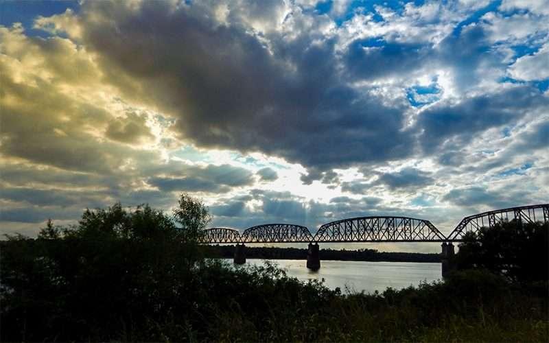 OCT 6, 2015 - Ohio River from Metropolis Illinois