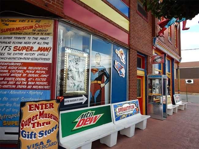 OCT 6, 2015 - Sidewalk outside Super Museum along Market Street, Metropolis, Illinois/photonews247.com