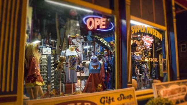 Oct 7, 2017 - Superman Gift Shop Museum window displays on Market Street, Downtown Metropolis, IL/photonews247.com