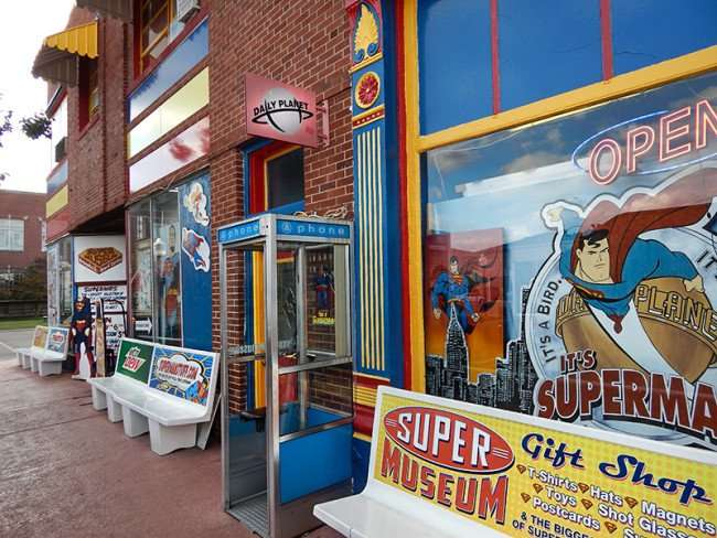 OCT 6, 2015 - The Daily Planet Newspaper building in Metropolis, Illinois/photonews247.com