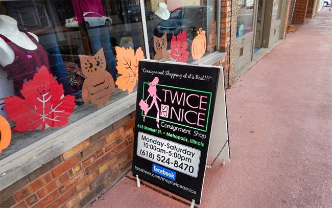 Twice as Nice Consignment Shop with fall decorations in window at 615 Market St, Metropolis, Illinois/photonews247.com