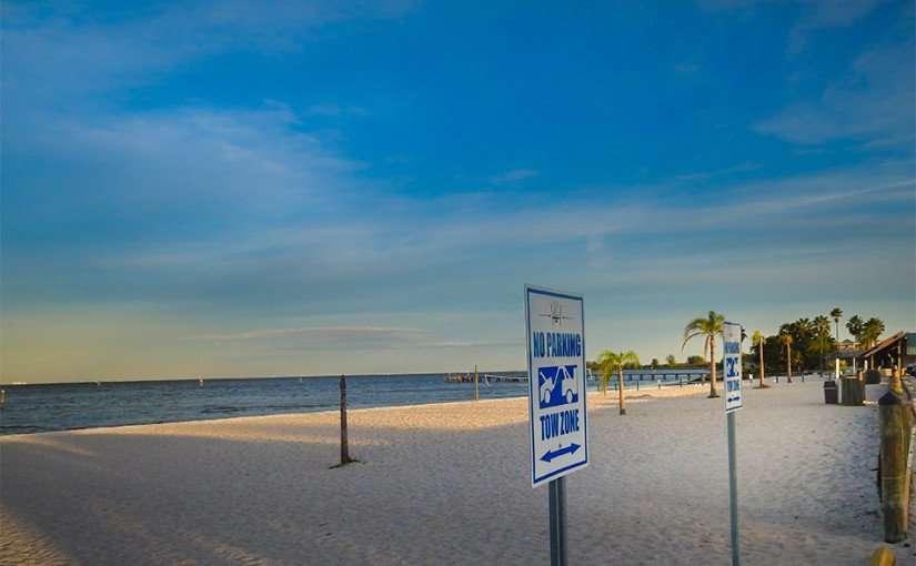 NOV 14, 2015 - Bahia Private Beach at Sunset Grill, Ruskin Southshore, FL/photonews247.com