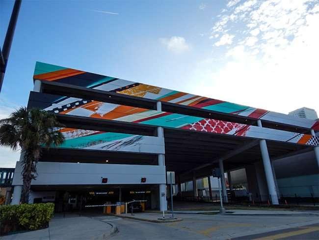 NOV 8, 2015 - Bask & Tes One turns lifeless garage into colorful work of art/photonews247.com