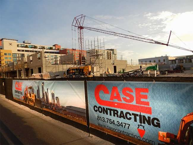 NOV 8, 2015 - Case Contracting building 7 story luxury apartment complex in Channelside, Tampa, FL/photonews247.com
