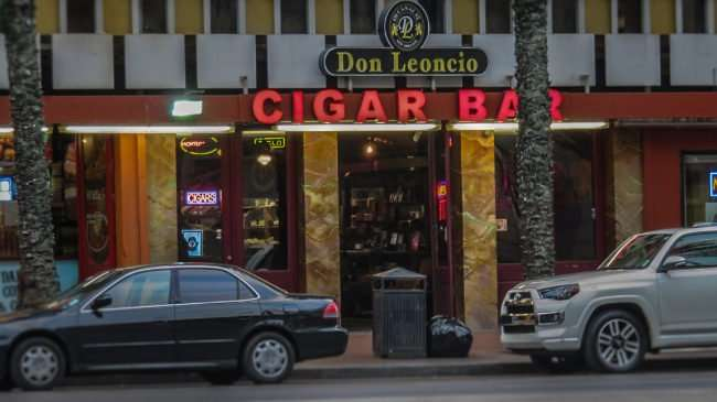 Jan 9, 2017 - Don Leoncio Cigar Bar, Canal St, New Orleans, LA/photonews247.com