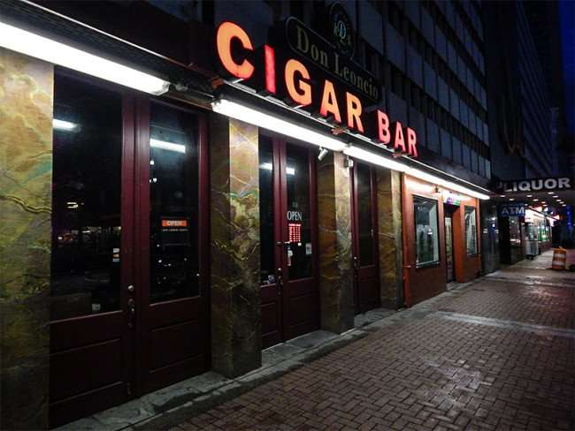 NOV 19, 2015 - Don Leoncio Cigar Bar for hand rolled cigars in New Orleans, LA/photonews247.com