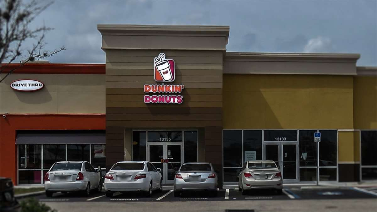 Mar 6, 2016 - Dunkin Donuts on 301 next to T-Mobile, Riverview, FL/photonews247.com
