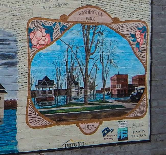 OCT 6, 2015 - Mural painting depicting Washington Park flooded in 1937 in Metropolis, IL/photonews247.com