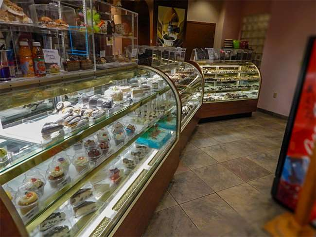 NOV 15, 2015 - Qachbal's home made chocolates, pastries and treats in Tampa, FL/photonews247.com
