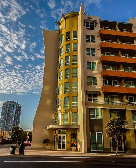 NOV 8, 2015 - Slade Luxury Apartments with balcony's in Channelside, Tampa, FL/photonews247.com