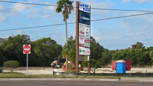 DEC 6, 2015 - South Dale Plaza sign still stands at Shoppes of South Dale construction site along South Dale Mabry, South Tampa, FL/photonews247.com