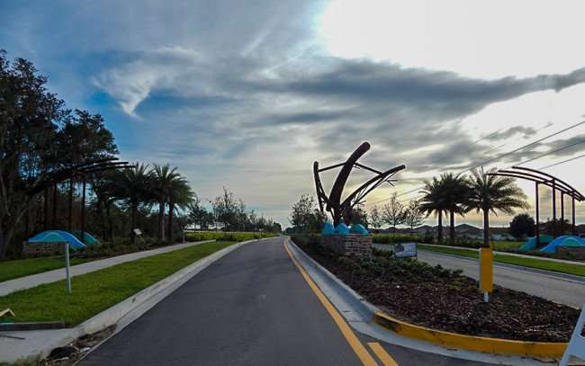 NOV 14, 2015 - The Oaks At Shady Creek, a new neighborhood on 301 and Blue Martin Blvd in Riverview, FL/photonews247.com