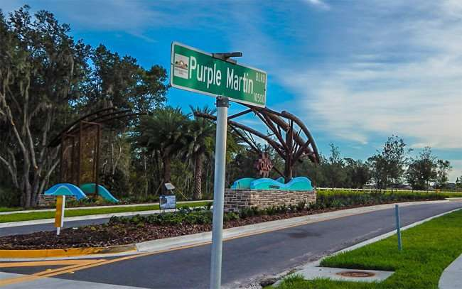 NOV 14, 2015 - The Oaks At Shady Creek neighborhood by Lennar at intersection of Purple Martin Blvd and Hwy 301, Riverview, FL/photonews247.com