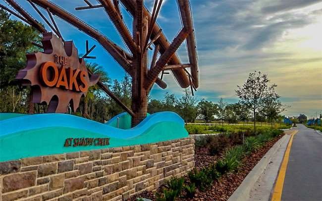 NOV 14, 2015 - The Oaks At Shady Creek neighborhood by Lenar on Hwy 301, Riverview, FL/photonews247.com