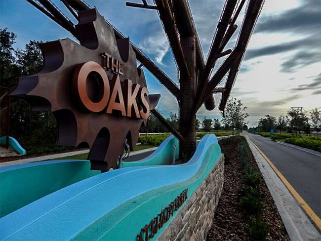 NOV 14, 2015 - The Oaks At Shady Creek sign along Hwy 301 and Blue Martin Blvd, Riverview, FL/photonews247.com