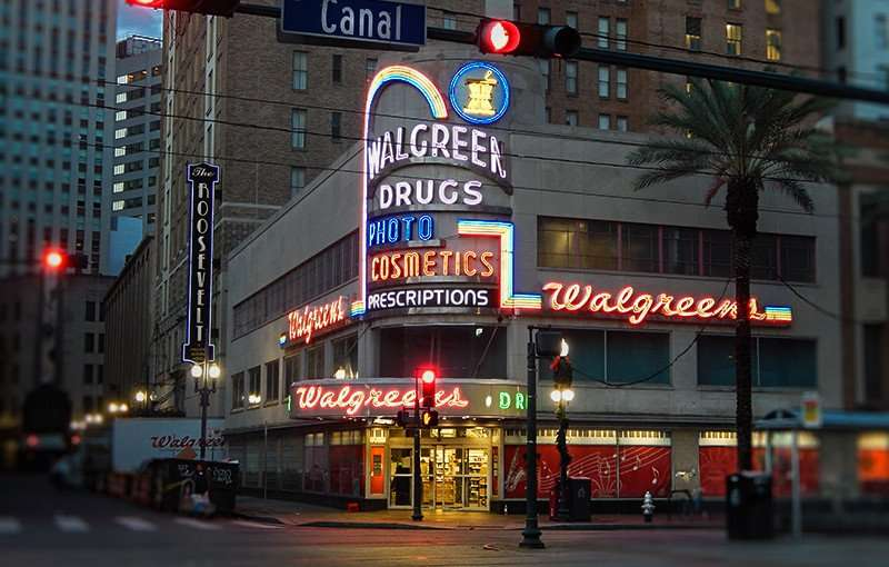 NOV 19. 2015 - Walgreens Drug Store opened 24-hours at 900 Canal Street, New Orleans, LA/photonews247.com