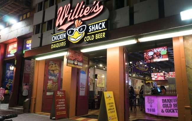 Dec 20, 2017 - Willie's Chicken Shack, Canal Street New Orleans, LA/photonews247.com