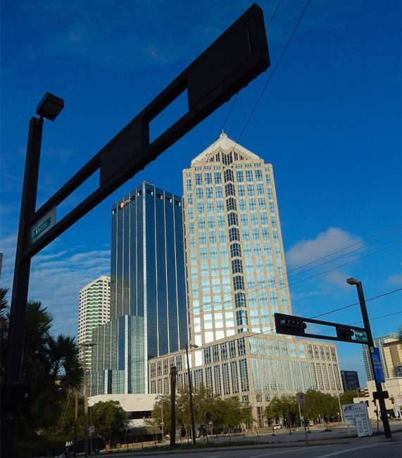 NOV 8, 2015 - Horizontal traffic signals on Whiting and Morgan Street with SunTrust and PNC building in background/photonews247.com