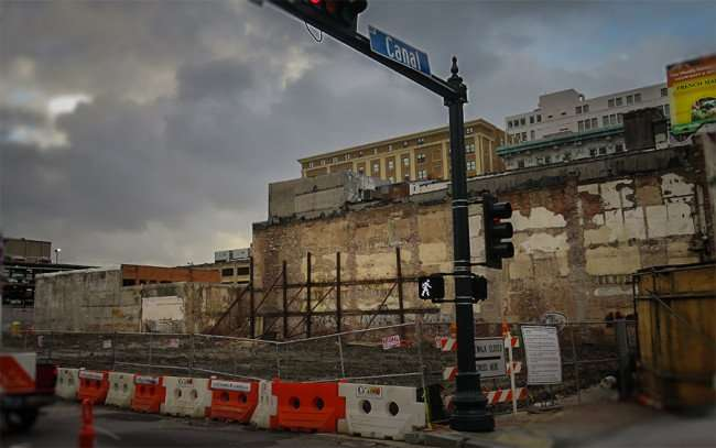 Dec 23, 2015 - 1031 Canal apartment construction site on corner of Canal Street in New Orleans, LA/photonews247.com