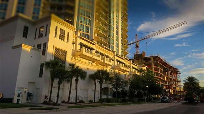 Dec 19, 2015 - 500 Harbour Island Apartments under construction next to Plaza Harbour Island, Tampa, FL/photonews247.com
