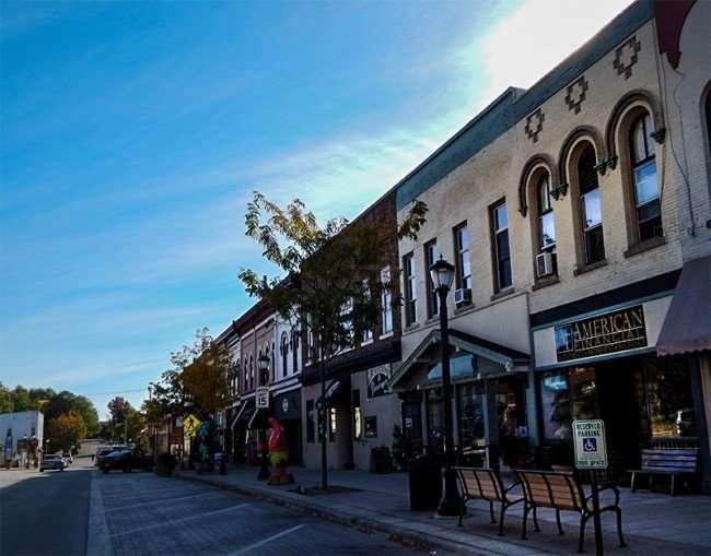 OCT 10, 2015 - American Financial, Green Door Gift Shop, Flanagan's Shenanigans Bar on 11th St, Monroe, WI 53566/photonews247.com