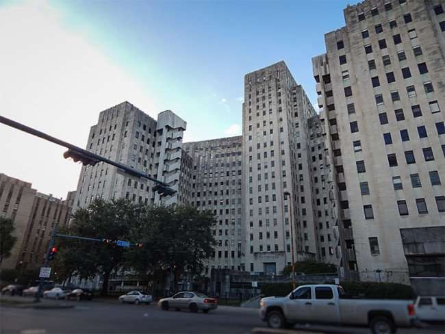 NOV 19, 2015 - Charity Hospital permanently closed, New Orleans, LA/photonews247.com