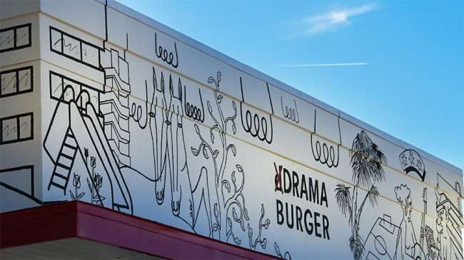 Jan 29, 2016 - Drama Burger logo by David Schiesser on Kennedy Blvd, South Tampa, FL/photonews247.com