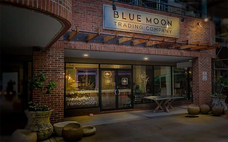 Jan 23, 2016 - Blue Moon Trading Company furniture store, Hyde Park Villge, Tampa, FL/photonews247.com