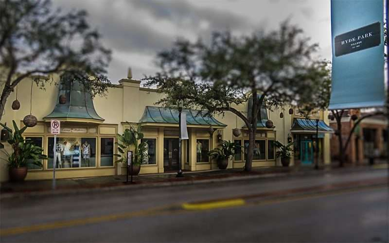 Women's clothing stores in the villages fl