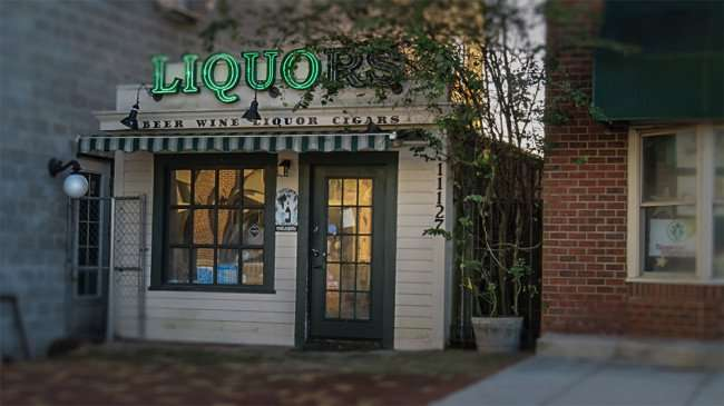 Jan 16, 2016 - Winthrop Liquors in historic-like building on 11127 Winthrop Market Street, Riverview neighborhood of Southshore, FL/photonews247.com