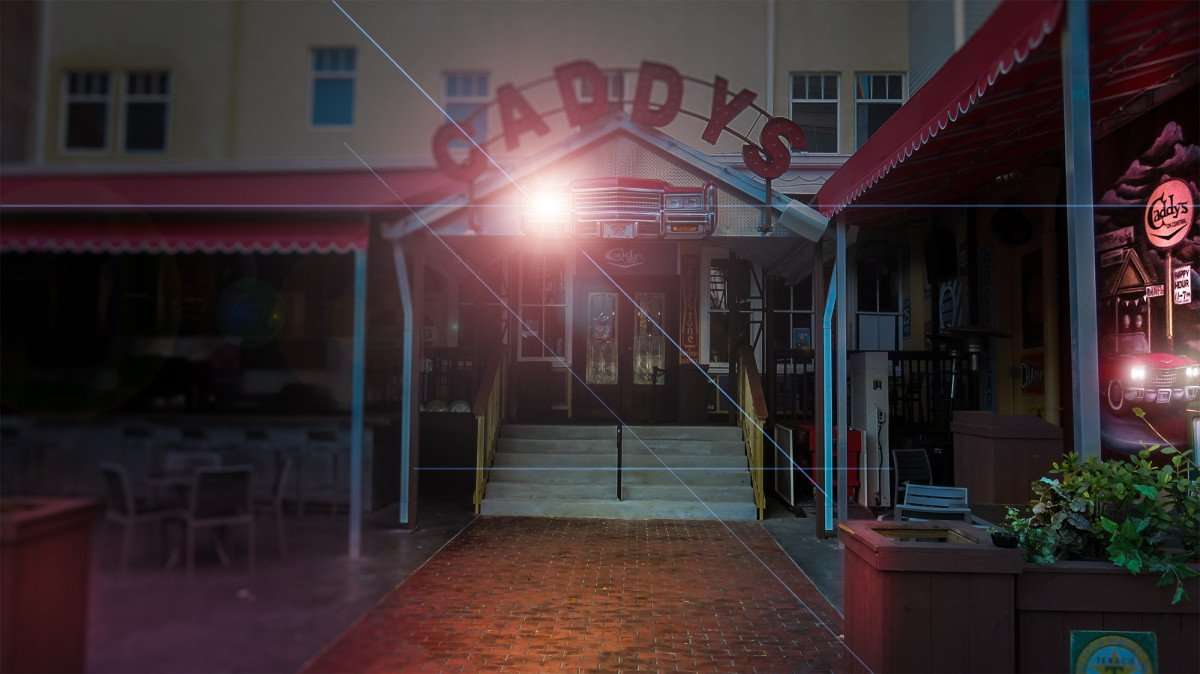 Feb 21, 2016 - Caddy's on Central with one light out on cars at entrance, St Pete/photonews247.com
