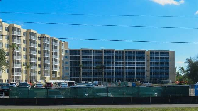 Feb 25, 2016 - Construction in parking lot at Sun Towers in Sun City Center, FL/photonews247.com