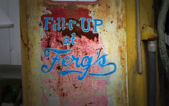 Jan 31, 2016 - Ferg's St Pete Fill-r-Up at Ferg's on antiquated gas pump near back entrance/photonews247.com