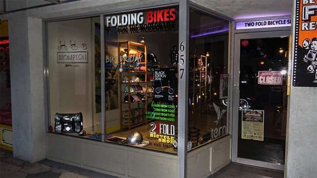 Jan 31, 2016 - Folding Bike store in St Petersburg Florida/photonews247.com