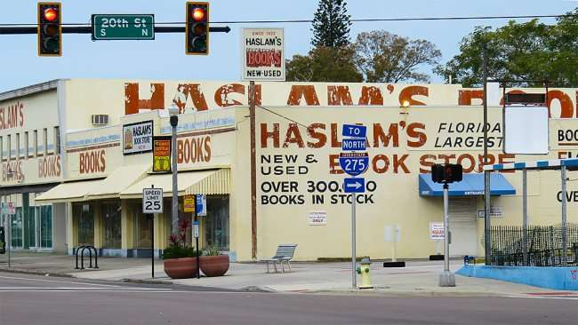 Jan 31, 2016 - Haslam's Book Store in the Grand Central District at the corner of Central Avenue and 20th Street in St. Petersburg, FL/photonews247.com