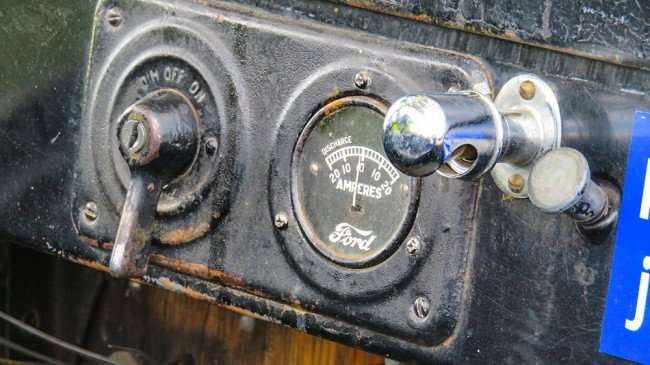 Feb 22, 2016 - On Off Switch and Amperes gauge in Model T Ford/photonews247.com