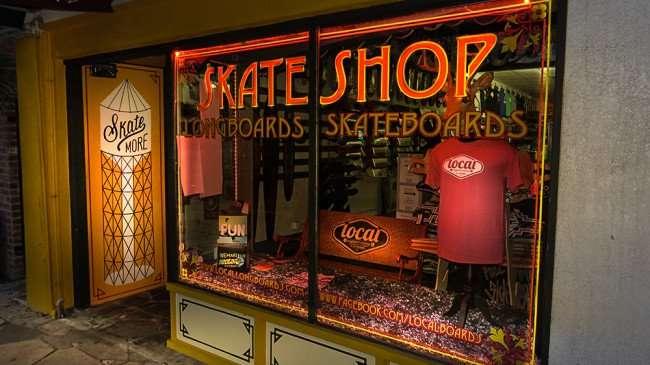 Jan 31, 2016 - Skate Shop Longboards, Skateboards, Central Ave, St Petersburg, FL/photonews247.com
