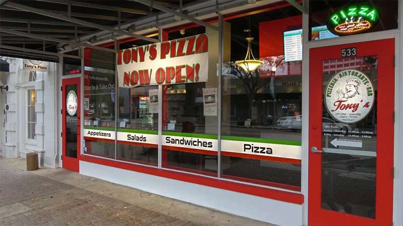 Jan 31, 2016 - Tony's Pizza restaurant opens on Central Avenue in St. Petersburg, FL/photonews247.com