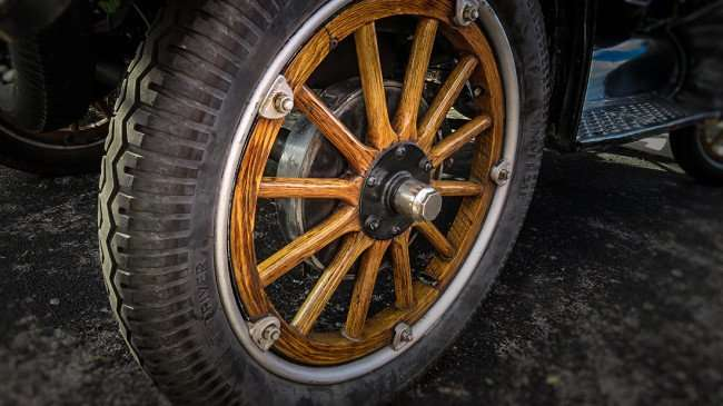 Feb 22, 2016 - Universal T Driver tire on wooden spoked wheel on Model T Ford/photonews247.com