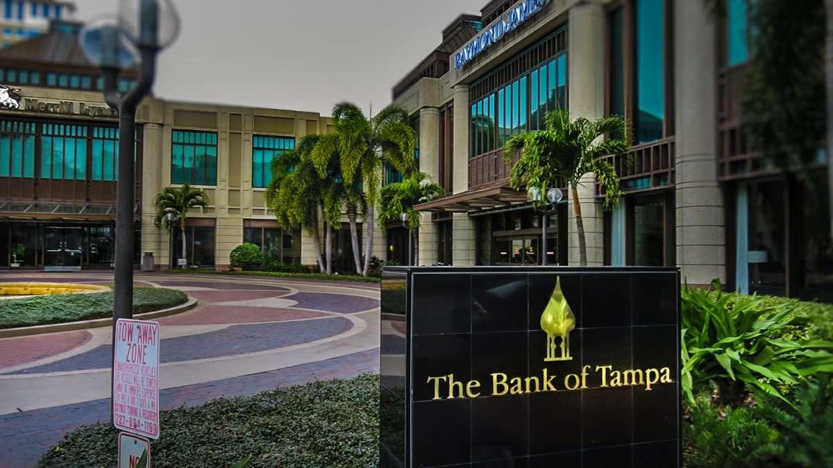 Jan 31, 2016 - Bank of Tampa in St. Petersburg, Florida/photonews247.com