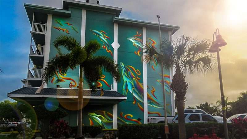 Mar 13, 2016 - Clearwater Beach Hotel with dolphin mural/photonews247.com
