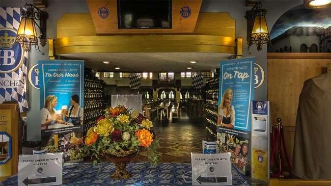 Jan 31, 2016 - Hofbräuhaus German Restaurant in St Pete, FL/photonews247.com
