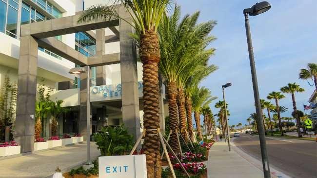 Mar 13, 2016 - Opal Sands Resort exit, Clearwater Beach, FL/photonews247.com