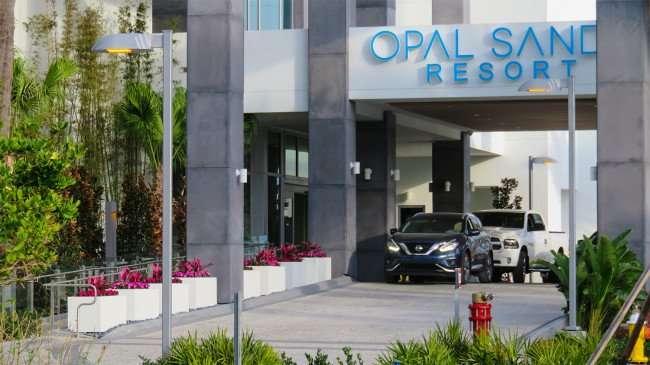 Mar 13. 2016 - Opal Sands Resort portico driveway in Clearwater Beach, FL/photonews247.com