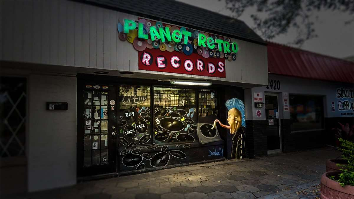 Jan 31, 2016 - Planet Retro Records, Grand Central District, St Pete, FL/photonews247.com